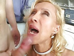 HOT Mature MILF Blowjob, Riding & Facial
