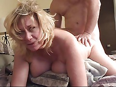 MILF Faith Loves Anal