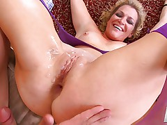 Tine Tosh gets her tush fucked